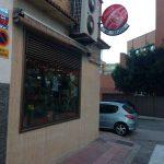 Entrada cafetería longares san blas desayunar en madrid