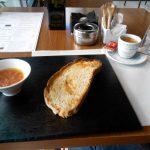 Desayuno Café Tostada Tomate Top Ten Padre Damián 38