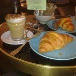 Desayuno Croissant BAM Bakery Zurbano Chambería Madrid