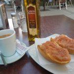 Desayuno Tostada con tomate terraza Il Vero