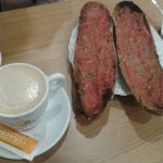 Desayuno barritas con tomate dos porteñas desayunar en madrid