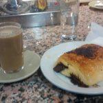 Desayuno café con napolitana bar kenys desayunar en madrid