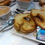 Desayuno croissant Ferros San Francisco de Sales desayunar en madrid