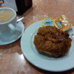Desayuno croissant cafetería moncloa isaac peral