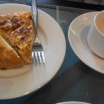 Desayuno pincho de tortilla café muso del traje madrid