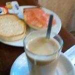Desayuno tostada con tomate elice desayunar en madrid