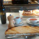 Desayuno tostada tomate Cañadio Conde de Peñalver