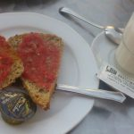 Desayuno tostadas con tomate City