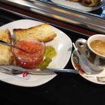 Desayuno tostadas con tomate Laker Madrid