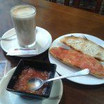 Desayuno tostadas con tomate Miladama Madrid Chamberí