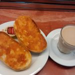 Desayuno tostadas con tomate Rubí castelló 104