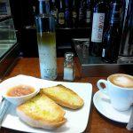 Desayuno tostadas con tomate bar landania santa engracia desayunar en madrid