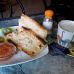 Desayuno tostadas con tomate bar zeter desayunar en madrid