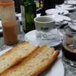 Desayuno tostadas con tomate cafetería charantos desayunar en alameda de osuna