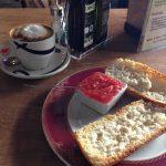 Desayuno tostadas con tomate taberna el torito madrid