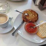 Desayunos tortilla Cáscaras II calle enrique larreta desayunar en madrid 1