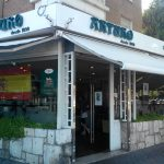Entrada Cafetería Arturo Delfines Plaza República Argentina