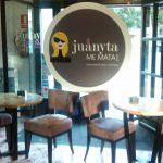 Interior Cafetería Juanyta me mata