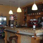 Mostrador cafetería Roscaffe Plaza de la Remonta