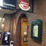 Puerta Regates Cafetería Castelló 115