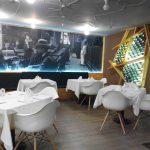 Zona mesas bar la tertulia desayunar en madrid paseo de la habana
